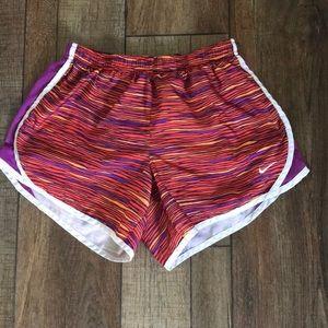 Nike girls XL shorts euc